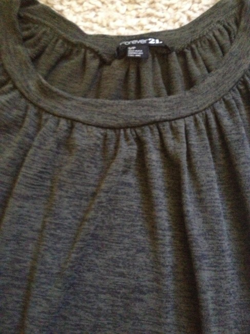 Forever 21 Loose Fit Tee Scoop Neck Top Green