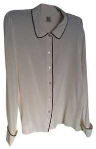 Jones New York Button Down Shirt Pale yellow