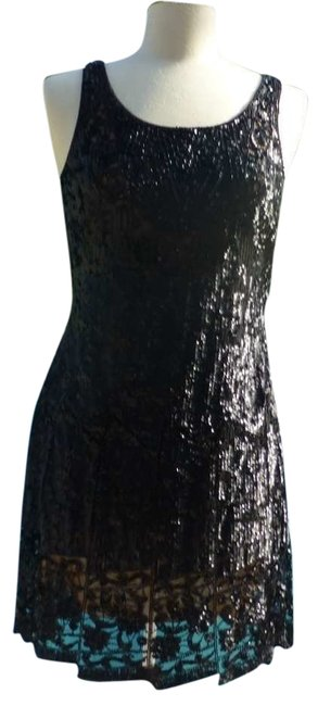 Preload https://item5.tradesy.com/images/carmen-marc-valvo-black-beaded-above-knee-cocktail-dress-size-6-s-9709-0-1.jpg?width=400&height=650