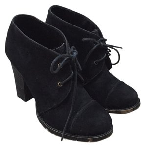 Chinese Laundry Blac Boots