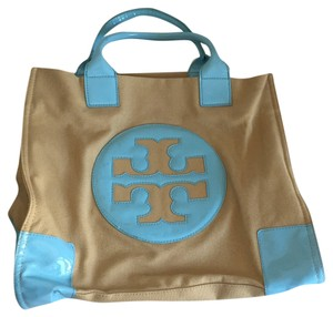 af7a45a69f3 Blue Tory Burch Beach Bags - Up to 90% off at Tradesy