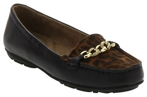 Naturalizer Signature Loafer Leather brown Flats