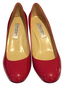 Saks Fifth Avenue Red patent leather Pumps