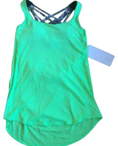 Lululemon New With Tags Lululemon Wild Tank Floral Green Fswm Size 6