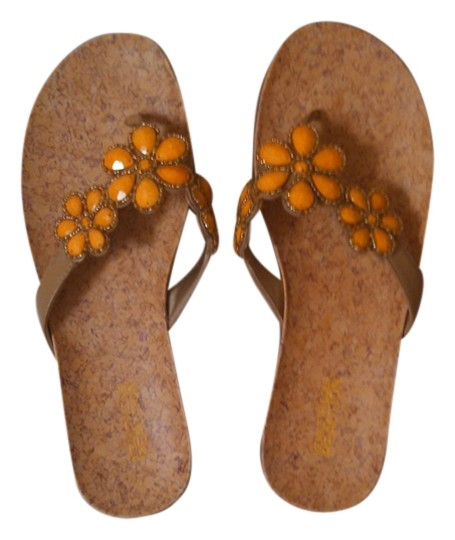 Kenneth Cole Reaction Tan with yellow flowers Sandals