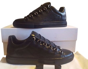 Balenciaga Arena Sneakers Low Top Noir Black Athletic
