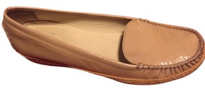 Stuart Weitzman Patent leather Tan Flats