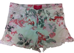 Almost Famous Clothing Shorts floral