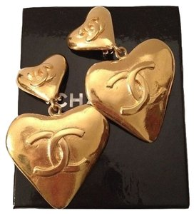 Chanel VINTAGE CHANEL HEART DANGLE EARRINGS