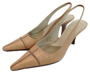 Circa Joan & David Slingback Buff beige Pumps