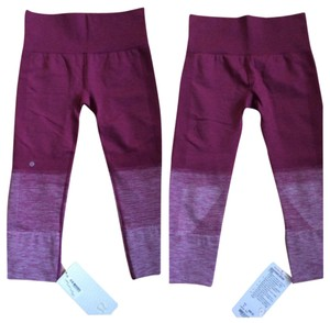 Lululemon New With Tags Lululemon Seamlessly Street Crop Ombre Dashing Purple Size 6