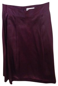 Isaac Mizrahi Skirt Grape, or dark bourgundy