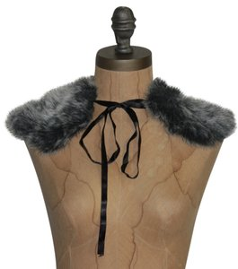Jaloux Faux fur & Ribbon collar Scarf