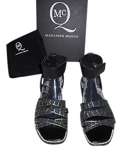 MCQ by Alexander McQueen Chic Accent Details Made In Italy Black Sandals