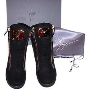 Giuseppe Zanotti Rw4100 Fur Lined Black Athletic