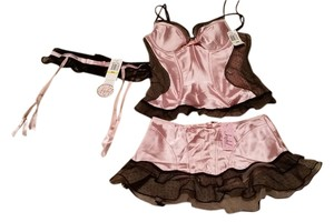 Jezebel NWT Bustier, Skirt & Garter Set NEW