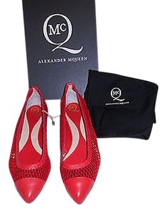 MCQ by Alexander McQueen Mesh/leather Design Chic Lipstick Red Flats