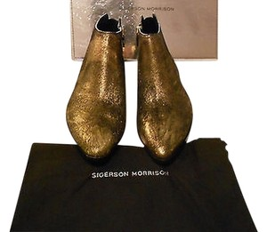 Sigerson Morrison Prime Gold Lame Finish Black/Gold Boots