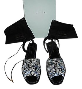 Maiyet Lovely Batik Silk Designed Comfortable Made In Italy Navy/Multi Sandals