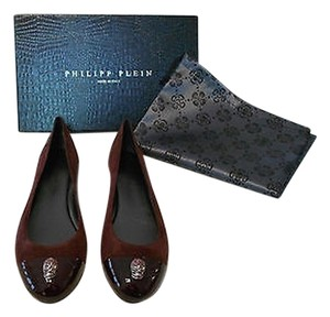 Philipp Plein Crystal Accent Skull Cap Toe Bordeaux Flats