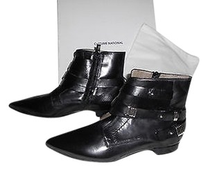 CoSTUME NATIONAL Strapping Detail Silvertone Accents Sophisticated Style Made In Italy Blacks Boots