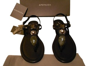 Apepazza Natural Stone Silvertone Studs Striking Design Padded Footbed Comfortable Black Sandals