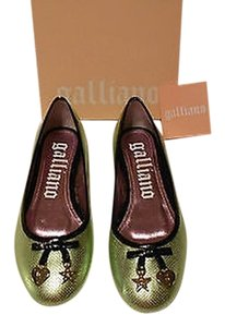 John Galliano Perforated Lovely Green Heart-star Charms Made In Italy Light Green Flats