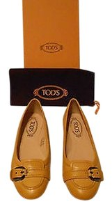 Tod's Stylish Comfortable Yellow Flats
