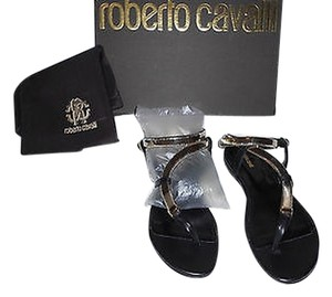 Roberto Cavalli Snake Chain Accent Chic And Stylish Made In Italy Black/Gold Sandals