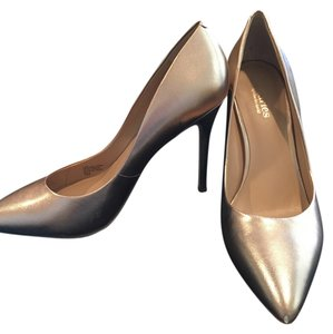 Charles David Stilettos Champagne Gold Metallic Pumps