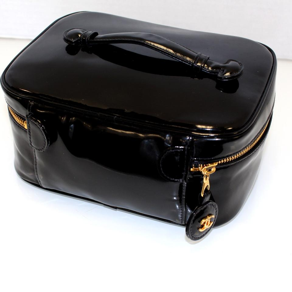 1dd8fc0c10 Chanel Vanity Case Mademoiselle Signature Noir Gold Cc De Coco Cosmetics  Black Leather Weekend Travel Bag