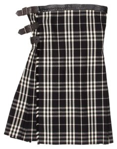 Burberry Plaid Leather Buckles Skirt Black / White