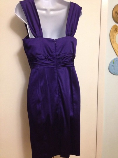 Donna Morgan Purple Satin Formal Bridesmaid/Mob Dress Size 10 (M)