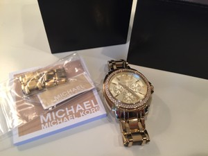 Michael Kors Michael Kors Women's Watch Gold Link with Gold Face and CZ dial
