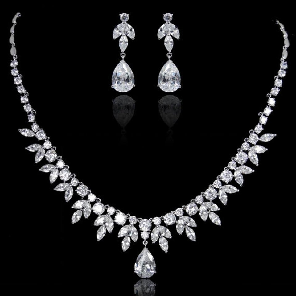 Macy s Elegant Bridal Teardrop Necklace Set