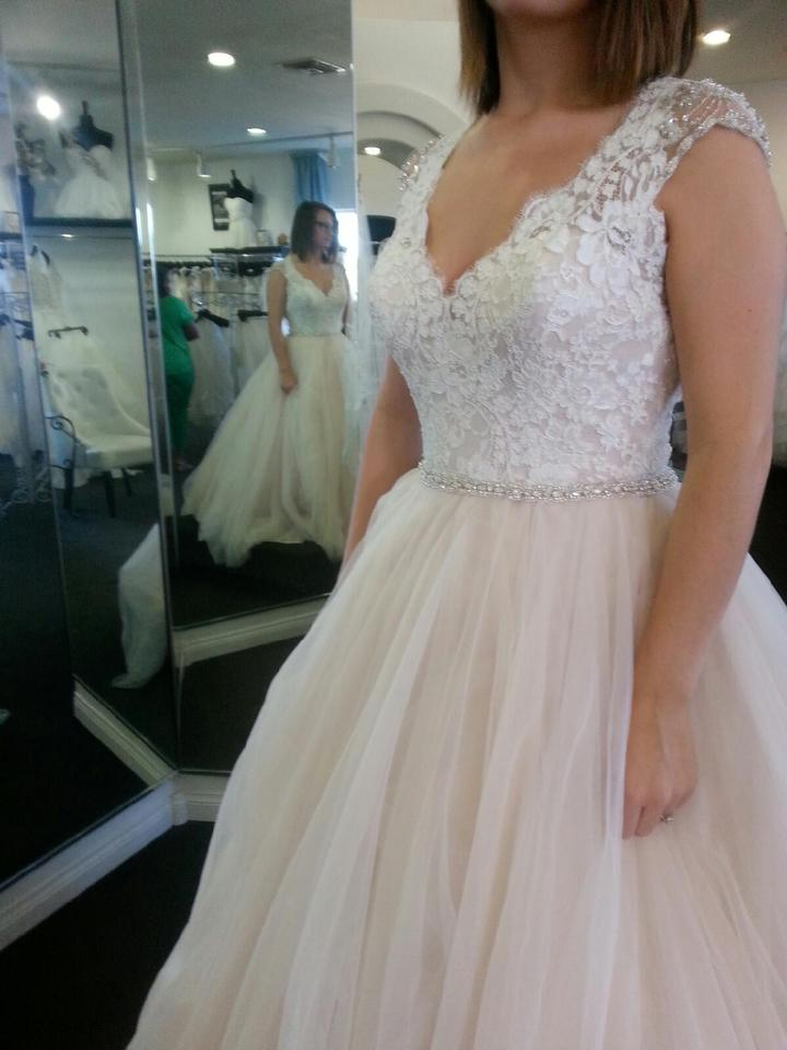 Allure Bridals Champagne Tulle and Lace 9162 Traditional Wedding Dress Size  8 (M) ...
