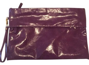 Urbano Mix Patent Leather Purple Clutch
