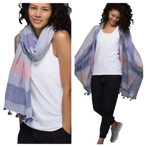 Lululemon New With Tags Lululemon Warrior Scarf One Size