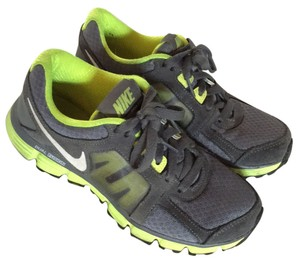 Nike Gray & neon Green Athletic