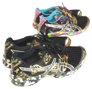 Asics Limited edition breast cancer ribbon Camo Color Gold And Multi bright Rainbow Athletic