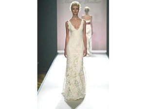 Monique Lhuillier Silk White (Cream) Alencon Lace and Miranda 6/8 Vintage Wedding Dress Size 6 (S)