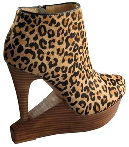Matiko Cut-out Bootie Platform Leopard Haircalf Boots