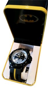 DC Comics BATMAN DC Black, Yellow and Silver Tone Emblem Watch NEW in collectible box
