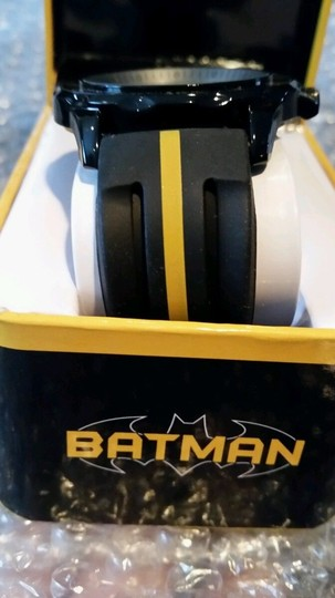 DC Comics BATMAN DC Black, Yellow and Silver Tone Emblem Watch NEW in collectible box Image 3