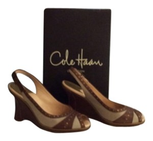 Cole Haan Cream linen and tan leather. Wedges