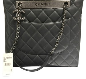 Chanel Tote in Dark gray