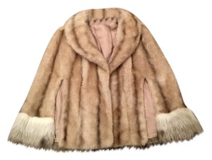 REGINA GLENARA BY GLENOIT Faux Fur Vintage 1960s Must Have Cape