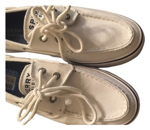 Sperry Boat White Flats