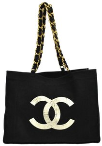 3baf04998101 Chanel Shoulder Bag · Chanel. Tote Jumbo Cc Chain Canvas Vintage ...