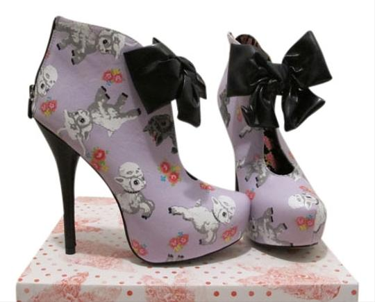 Preload https://item5.tradesy.com/images/iron-fist-suicide-girls-lavender-with-lambs-boots-976184-0-0.jpg?width=440&height=440